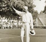 Kung Gustav V, Mr G, 1944